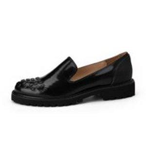 [SUECOMMA BONNIE]  Black stud loafer