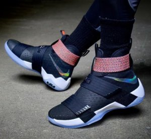 Extra 20% offwith Men's Basketball Shoes Purchase @ Nike.com