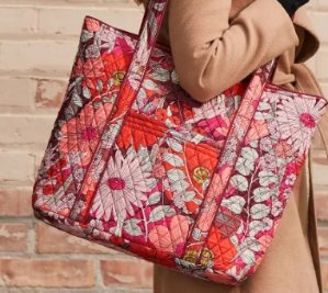 Free Lighten Up Travel Duo  in Kiev Paisleywith any full-priced purchase of $100 or more @ Vera Bradley