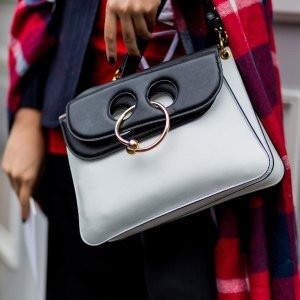 Dealmoon Exclusive! 10% OffJ.W.Anderson Pierce Leather Shoulder Bag @ Luisaviaroma