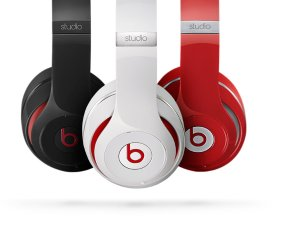 $99.99 Beats By Dre Studio 2.0 Wired Over Ear Cushion Headphones - Manufacturer refurbished