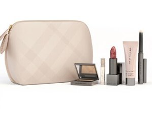 $76($111 Value) Burberry Beauty 'Glow-to-Go' Set