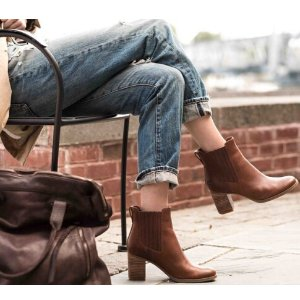 Timberland Women's Atlantic Heights Chelsea Boots