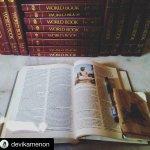 Select Books Sale @ World Book Store