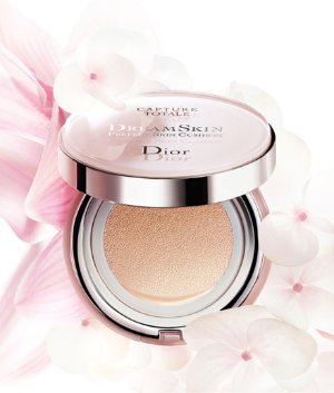 $82 Dior 'Capture Totale - DreamSkin' Perfect Skin Cushion Broad Spectrum SPF 50 @ Nordstrom