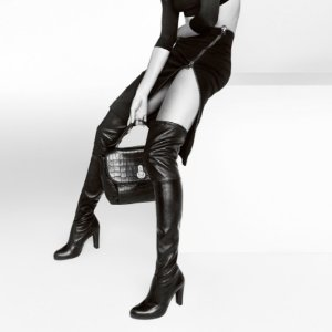 Up to 15% OffStuart Weitzman Over-the-Knee Boots @ Luisaviaroma