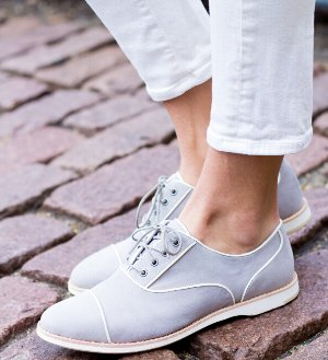 $44.99 Johnston & Murphy Deena Piped Oxford On Sale @ 6PM.com