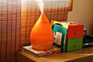 Crane Drop Shape Ultrasonic Cool Mist Humidifier - Orange