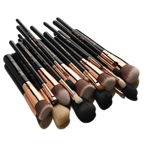 $199(Value $377)ULTIMATE COPPER BRUSH SET @ Sigma Beauty