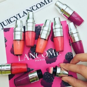 20% Off with Lancome Juicy Shaker Pigment Infused Bi-Phased Lip Oil Purchase @ Bon-Ton