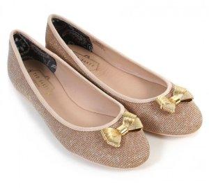 $57.99(原价$115)Ted Baker 女士金色蝴蝶结平底鞋