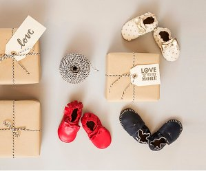 Free Shipping! Save over 50%on Select Styles Baby Shoes & Socks @ Robeez