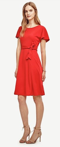 Dealmoon Exclusive: $25 Off Each Full-Price Dress @ Ann Taylor