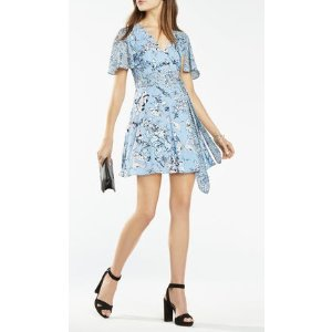 KYLIE FLORAL PRINT-BLOCKED WRAP DRESS