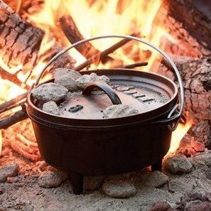 $41.30 Lodge Camp Dutch Oven, 6 Qt