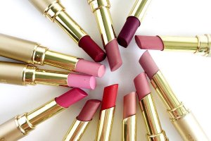17 Free Samples with a $50 Stila Purchase @ Nordstrom