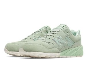 Extra 20% OffSelect Sale Items @ Joe's New Balance Outlet