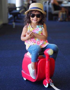 萌娃必备!$24.98史低价!Diggin Skootcase 复古摩托车造型多功能儿童旅行箱