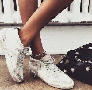 Up to 40% Off + Extra 15% OffGolden Goose Shoes @ Yoox.com