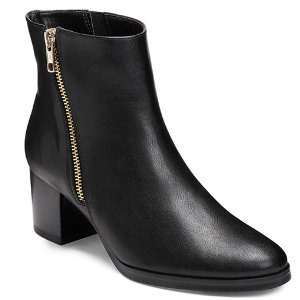 Boomerang 黑色踝靴