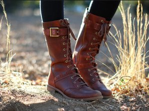 $37.31(reg.$154.95) Timberland Women's Savin Hill Mid Lace Boot