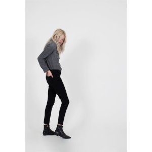 Women Curve Flattering Black Jeans - Skinny Premium Jeans - Buy Luxury Denim Online – Siwy Denim