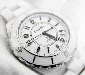 CHANEL J12 White Ceramic Automatic Midsize Watch