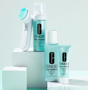 Get a Cleanser Deluxe Sample with any Clinique purchase @ Bloomingdales