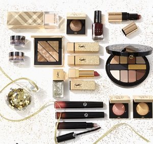 Extra 10% Off with Holiday Gift Sets and Value Sets Purchase @ Saks Fifth Avenue