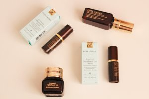Free 7-pc Gift (up to $184 Value)with Any $45 Advanced Night Repair Purchase @ Estee Lauder