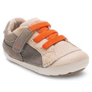 Stride Rite Soft Motion Goodwin Sneaker