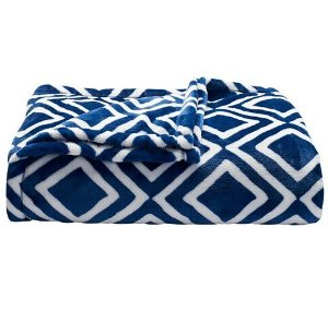 $13.99 The Big One Super Soft Plush Throw