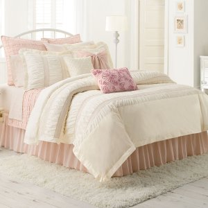 Extra 20% Off +$5 Off $25 Comforters and Quilts Select Styles @ Kohl's