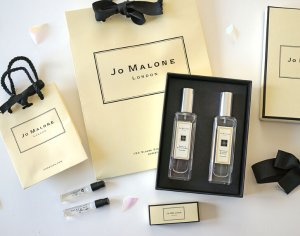 2 Deluxe Samples + 3 samples + Free Shipping With  Purchase of $100 @ Jo Malone London