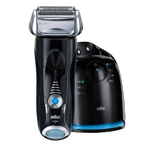 Braun Series 7 760cc-4 Electric Foil Shaver for Men with Clean & Charge Station