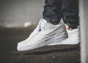 $63.98 NIKE AIR FORCE 1 07 LV8 MEN'S SHOE On Sale @ Nike Store