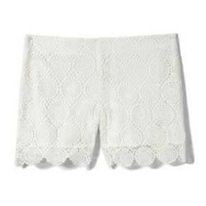 Vince Camuto Medallion Lace Shorts