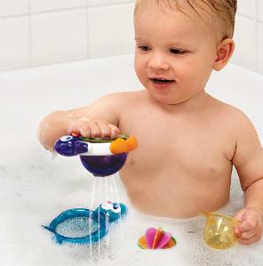 Munchkin Lazy Buoys Bathtub Toys @ Amazon