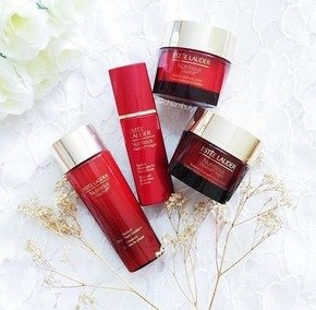 Dealmoon Exclusive! Free 9-Piece Gift NUTRITIOUS VITALITY COLLECTION @ Estee Lauder