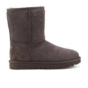 UGG Women's Classic Short II Sheepskin Boots - Chocolate - FREE UK Delivery