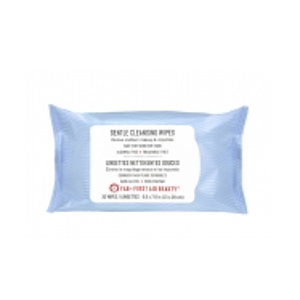 First Aid Beauty Gentle Cleansing Wipes: instant refreshing for your skin