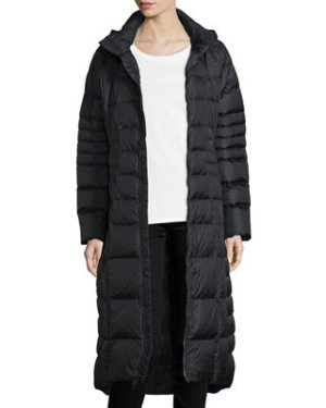 Up to $100 Off Select The North Face Clothing @ Neiman Marcus
