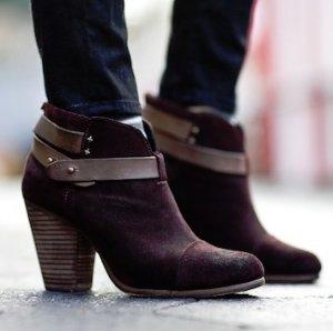$159 (Org.$495)Harrow Boots @ Rag & Bone