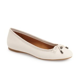 Up to 57% Off Coach Flat @ 6PM.com