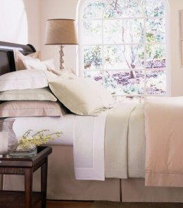 Up to 30% Off Select Bedding & Bath @ Saks Fifth Avenue