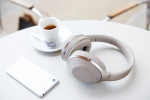 EUR 263.80/$278.84SONY MDR-1000X Premium Noise Cancelling Bluetooth Headphone