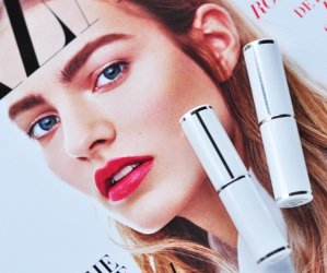 SHINE LOVER Vibrant Shine Lipstick