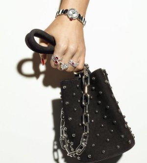 Up to $300 Off New Designer Bags @ Forzieri