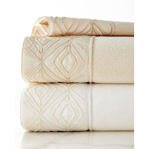 Avanti Linens Audrey Towels