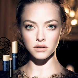 Up to $900 Gift Card Clé de Peau Beauté Beauty Purchase @ Saks Fifth Avenue